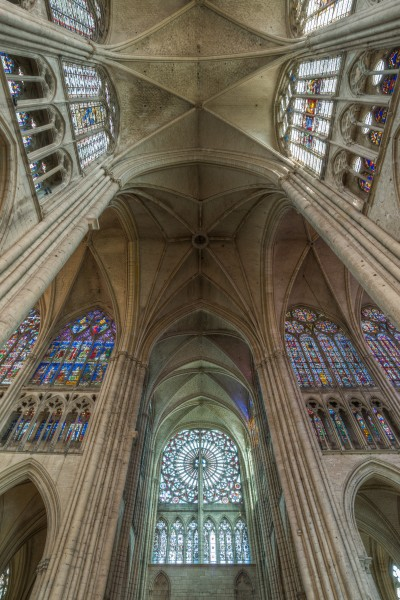 Transept of Troyes Cathedral HDR 20140509 6