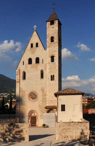 Trento-Sant'Apollinare-West-retouched