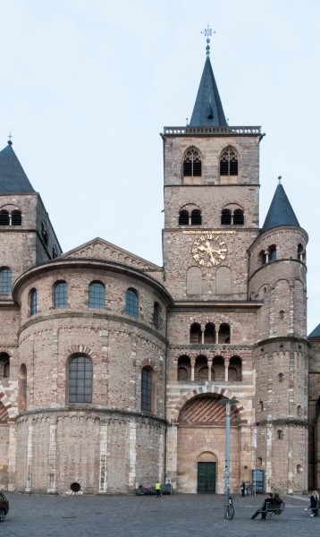 Trier, Hohe Domkirche St. Peter -- 2015 -- 6127