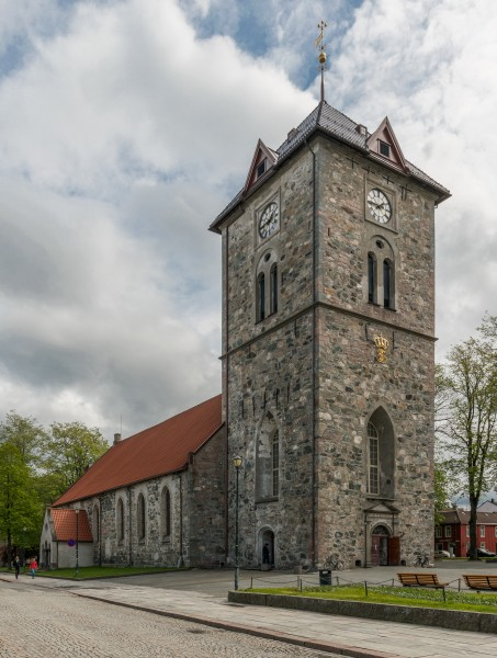 Vår Frue Church, Trondheim, Northwest view 20150605 1