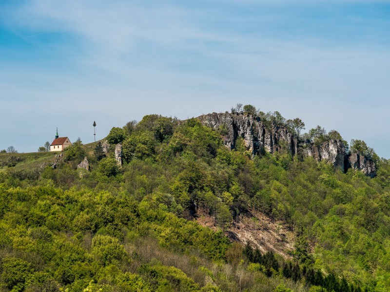 Walberla-cliffs-Kapelle-P5063270-PS