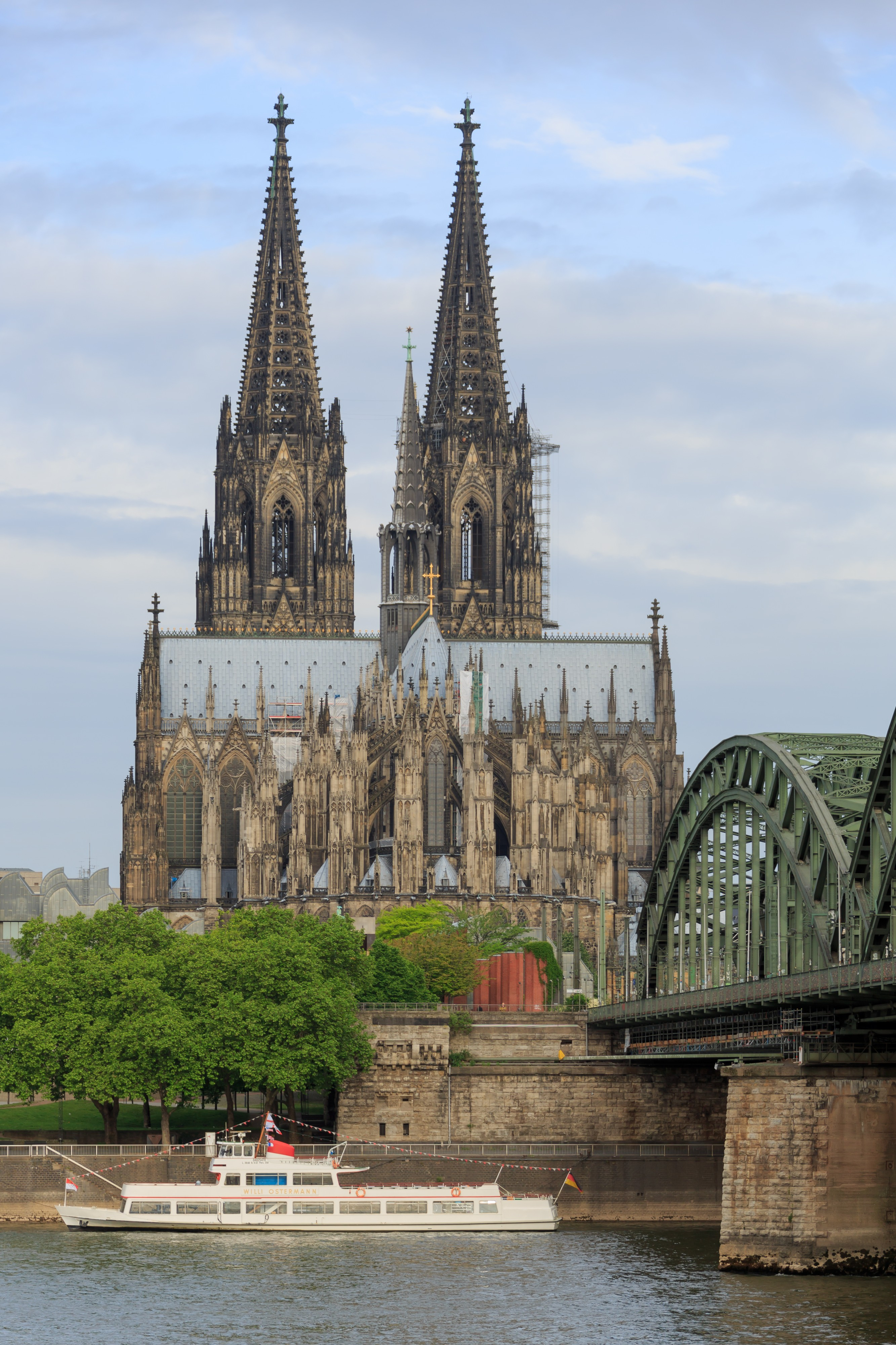 Cologne Germany Exterior-view-of-Cologne-Cathedral-07