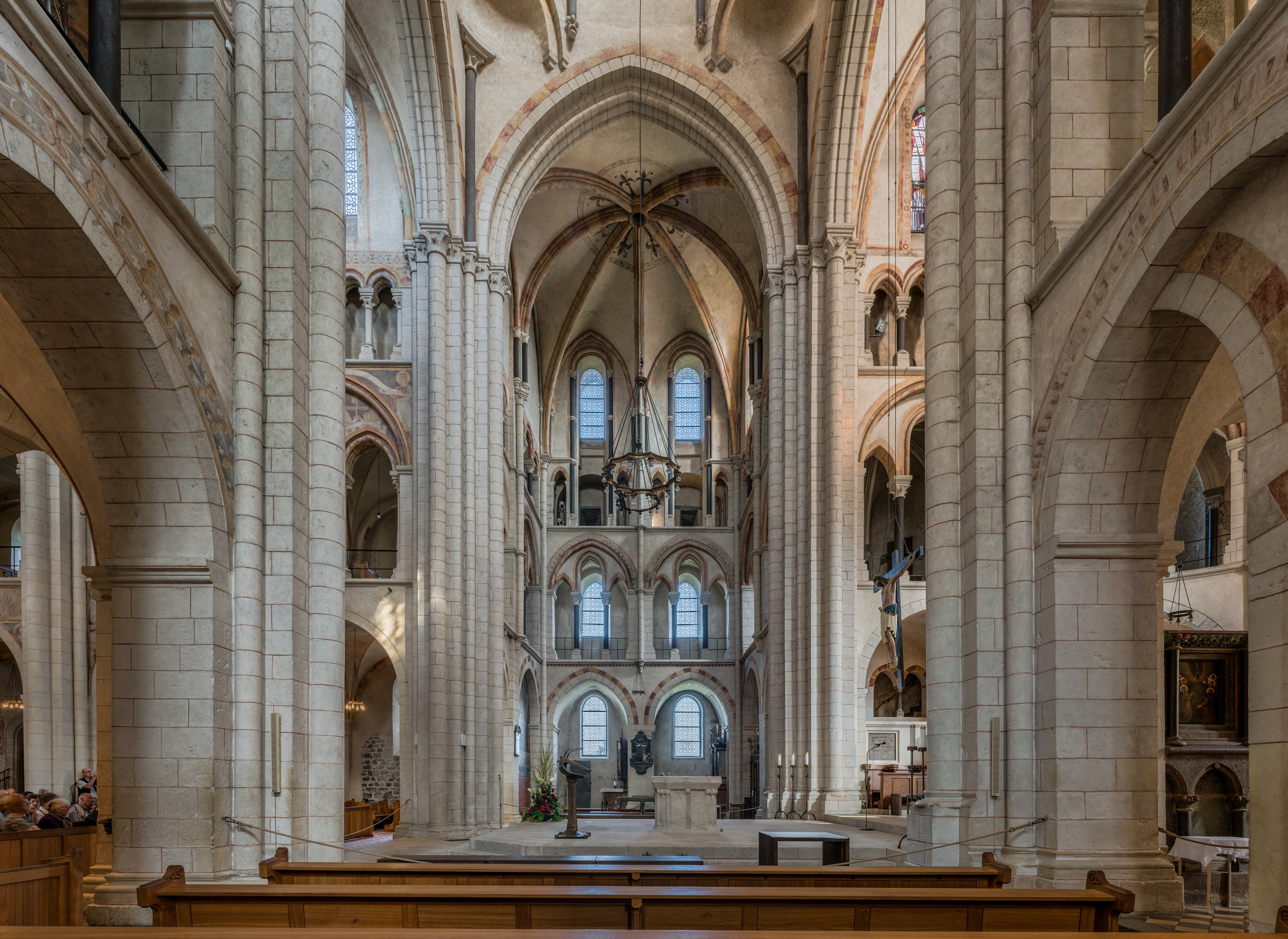 Limburg Cathedral, Transept 20140917 2