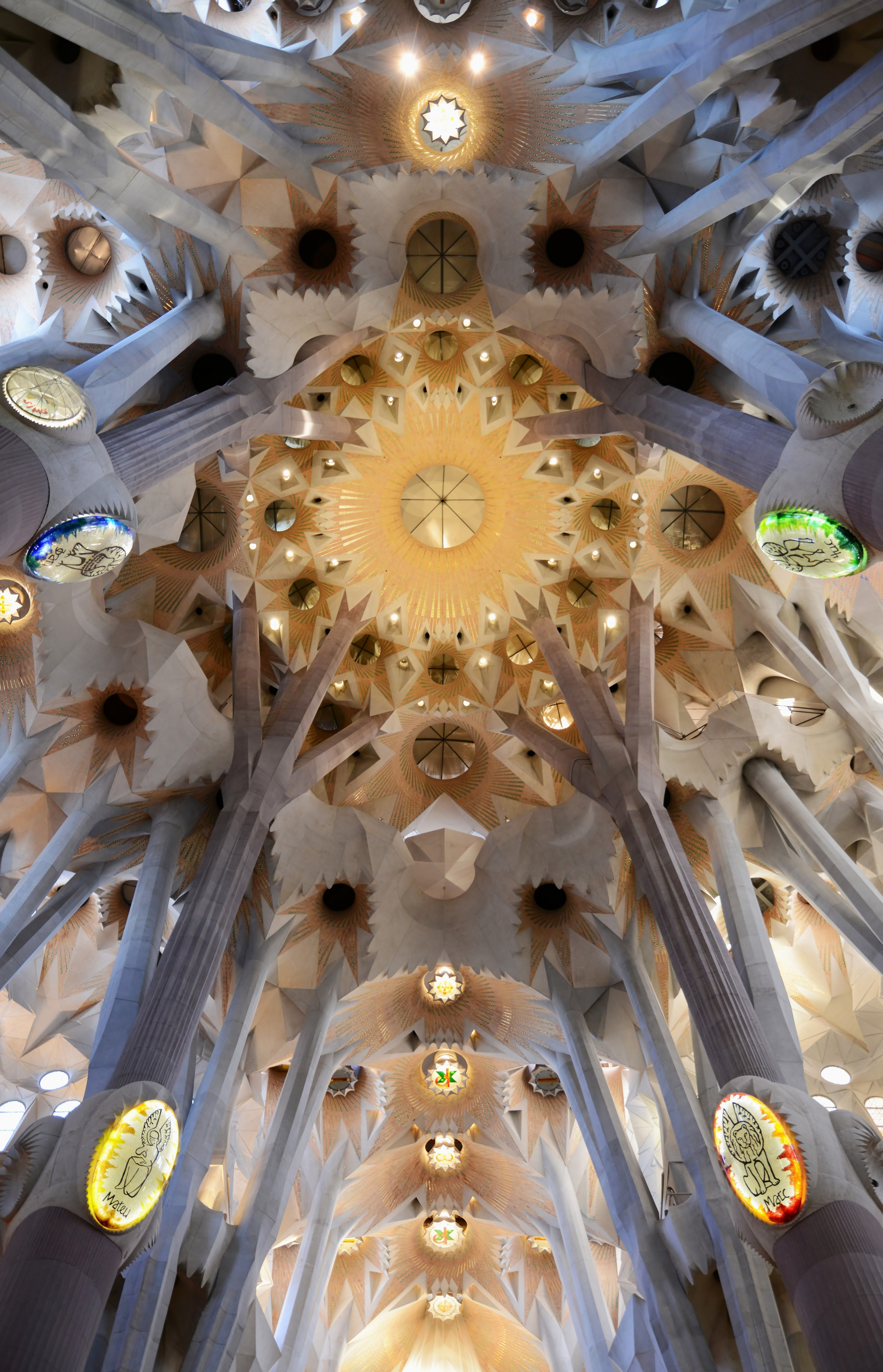 Sagrada Familia March 2015-2a