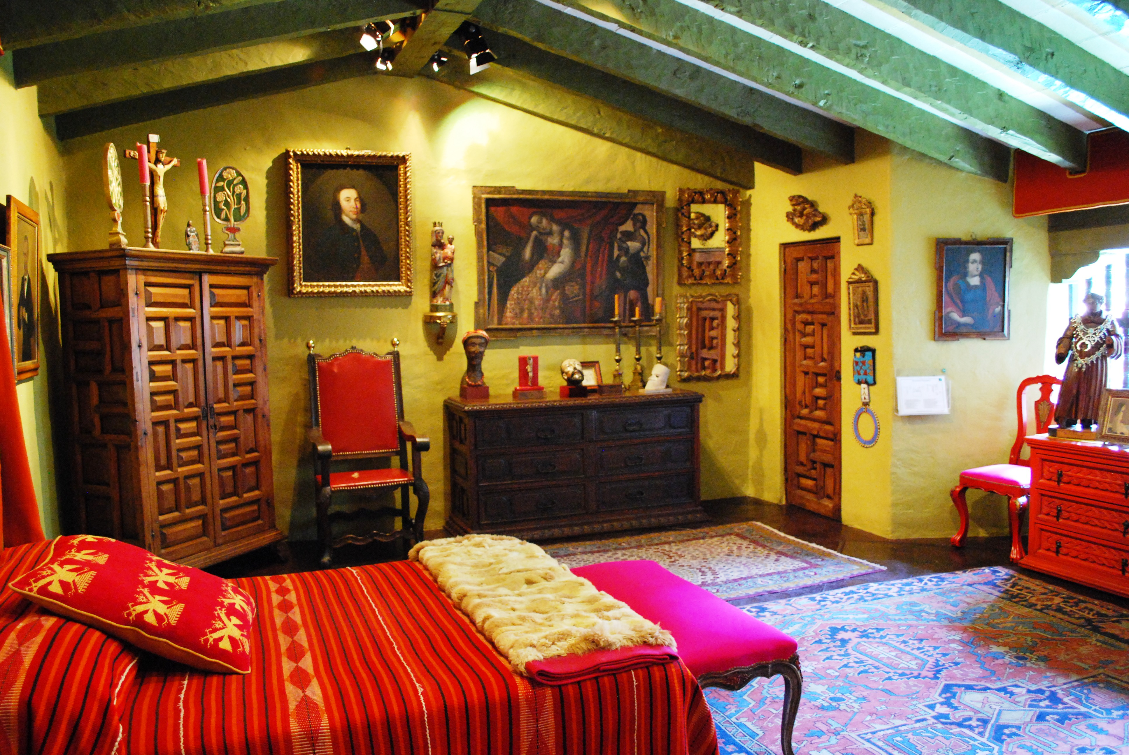 Main bedroom of the Robert Brady Museum