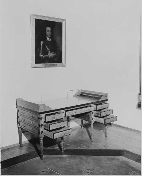 A copy of a desk used by George Washington, made for use in the White House during the administration of President... - NARA - 199968