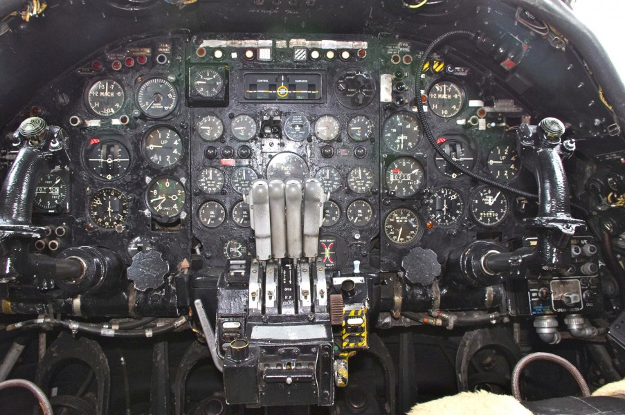 Cockpit of the Avro Vulcan (5761840947)