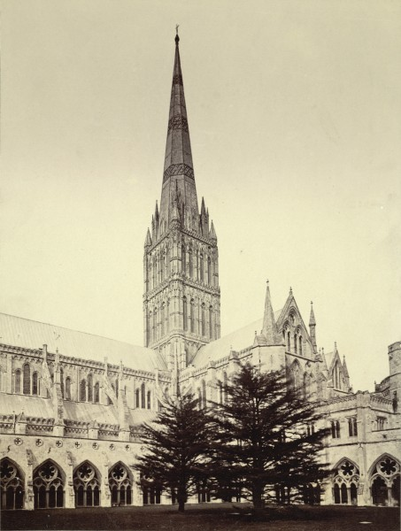 Salisbury Cathedral and Cloisters (3611646930)