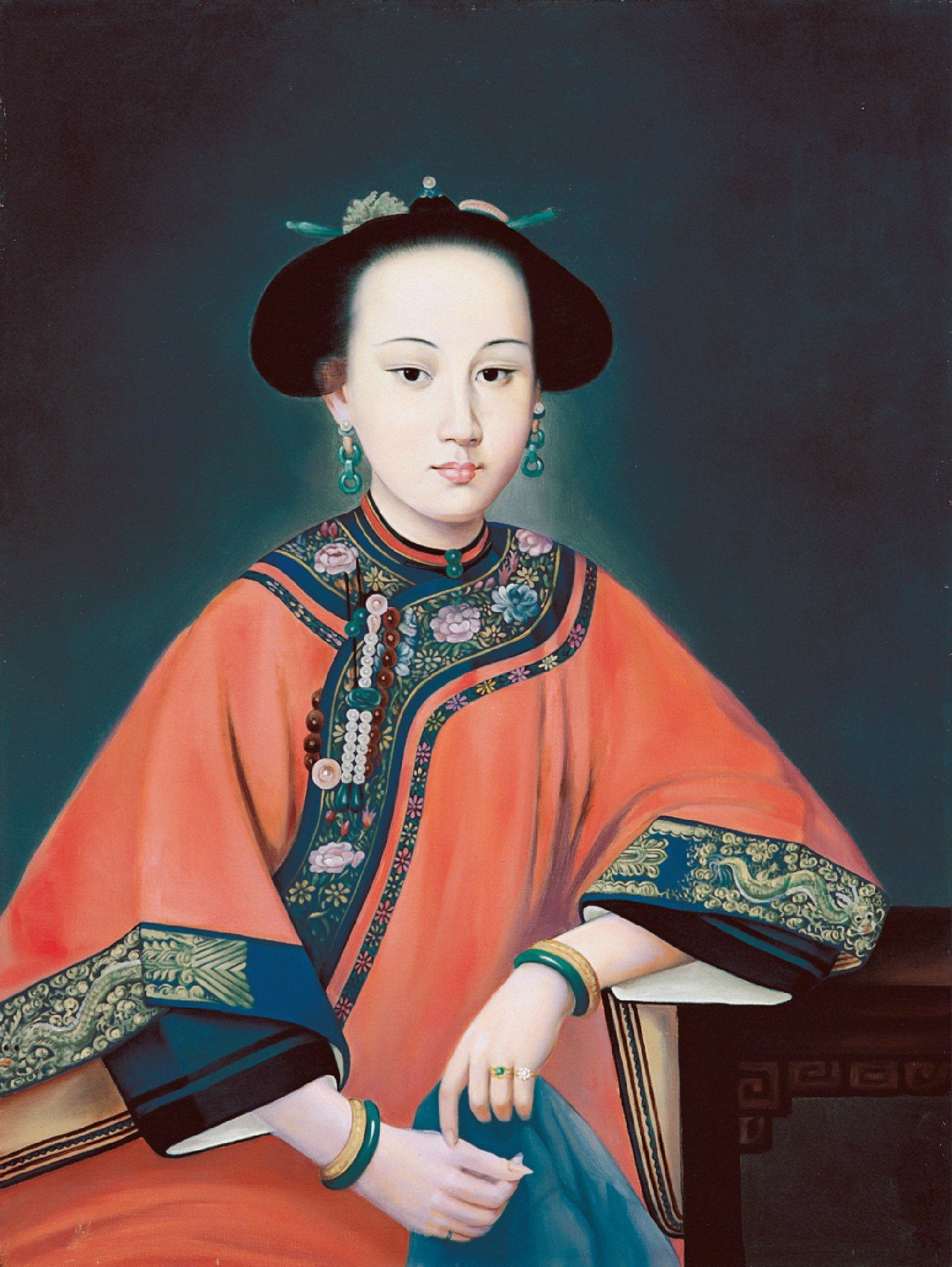 Consort Rong dressed in Manchu Clothes