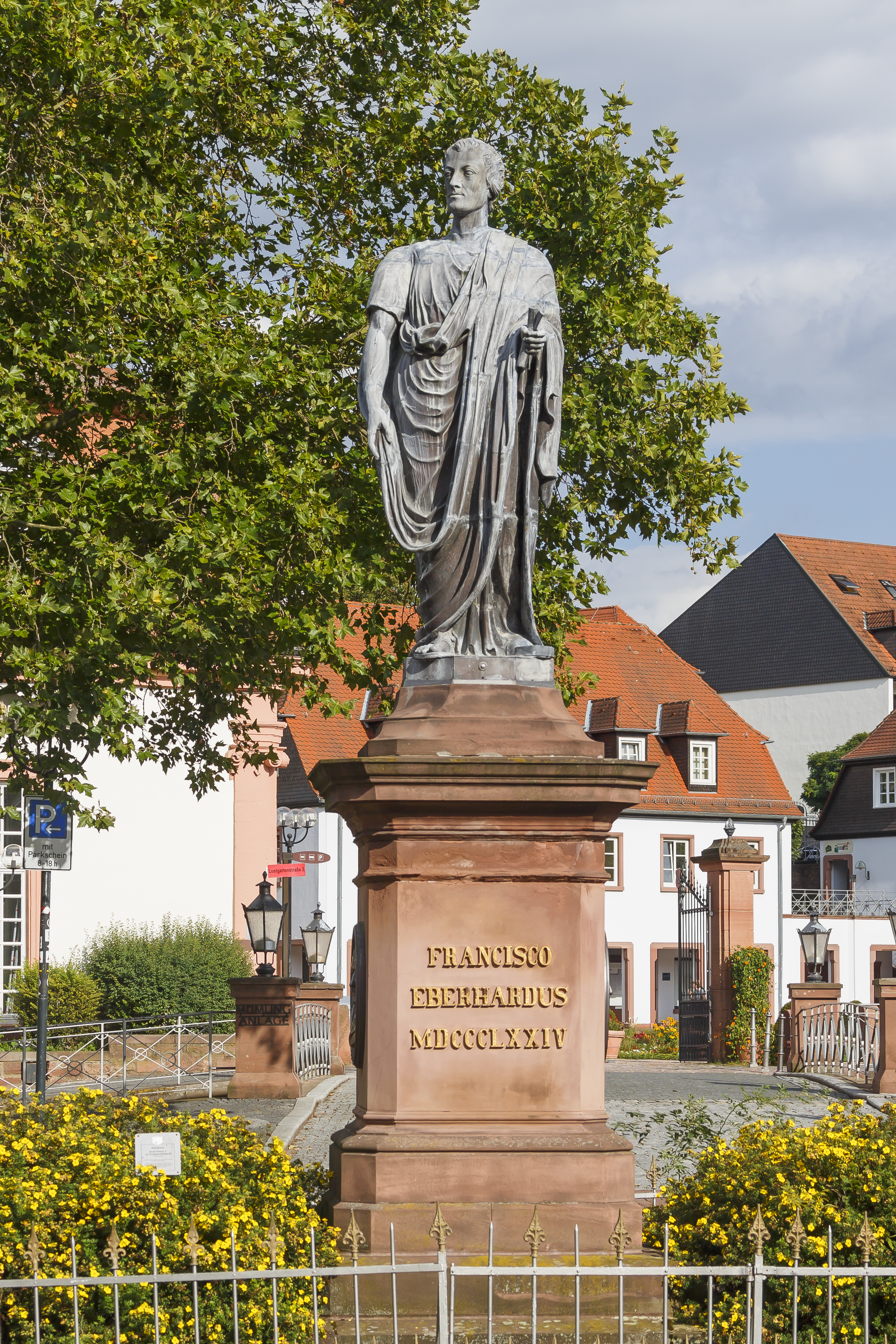 Erbach Germany Sculpture-of-Franz-Count of Erbach-01