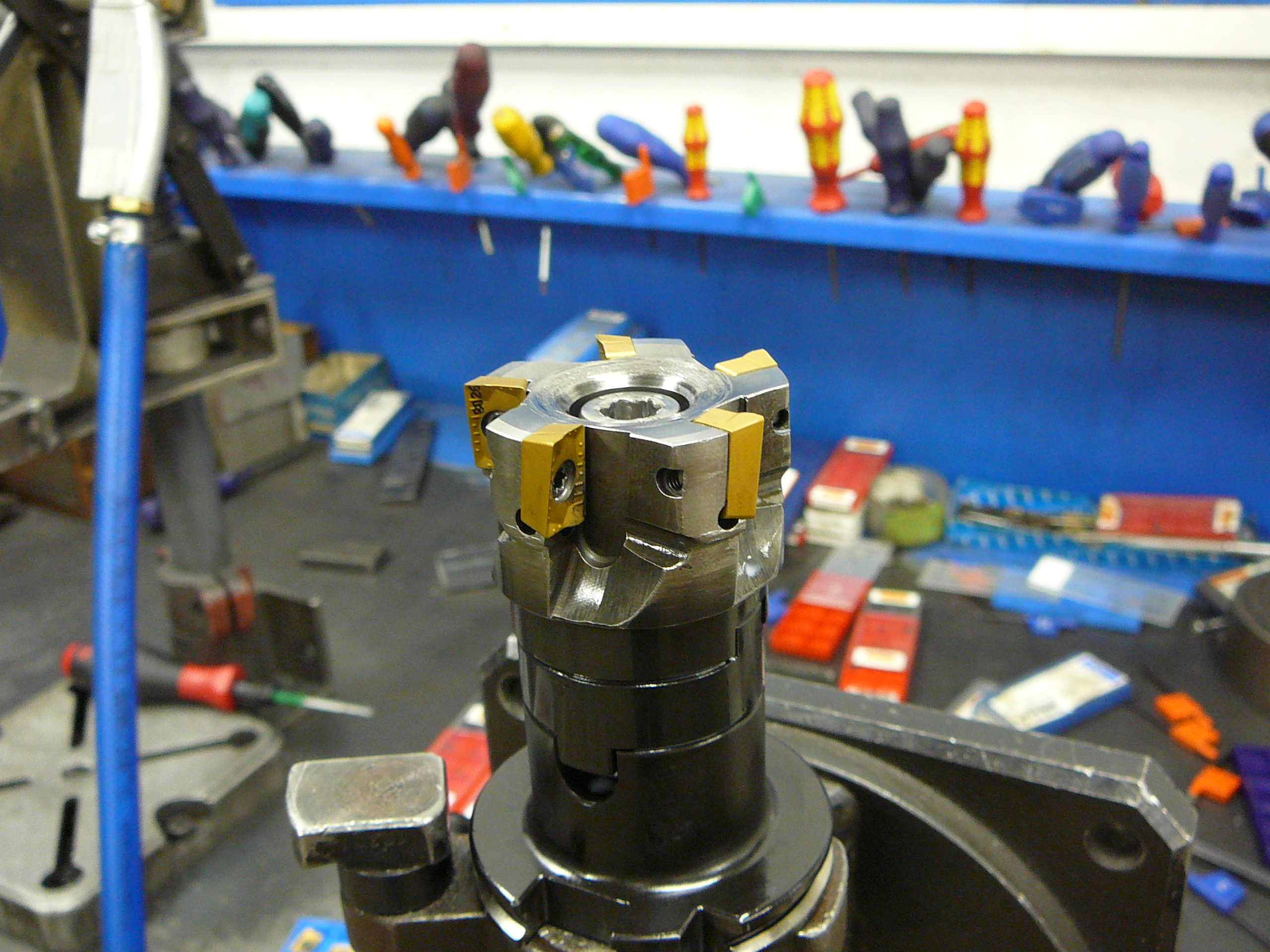 Carbide tipped face mill (1)