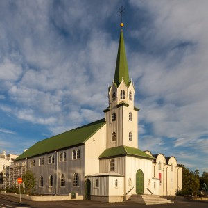 Download free photographs of Reykjavik, Iceland