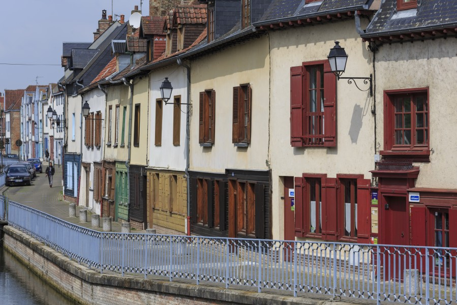Amiens France Buildings-in-Rue-d-Engoulvent-01