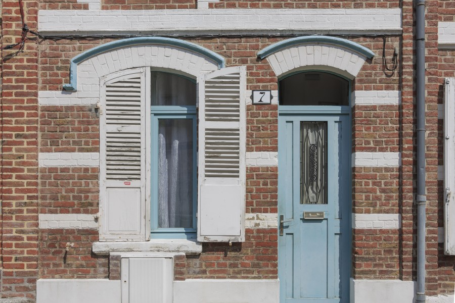 Amiens France Buildings-in-Rue-des-Granges-02