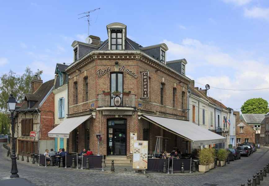 Amiens France Restaurant-Tante-Jeanne-01