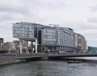 DoubleTree by Hilton Amsterdam Centraal Station 2975