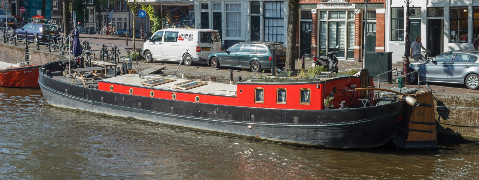 Houseboat at Prinsengracht 246 2016-09-13