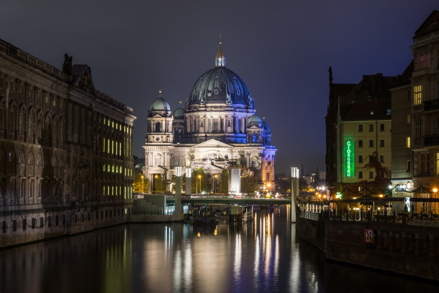 Berlin Cathedral from Muehlendammbruecke