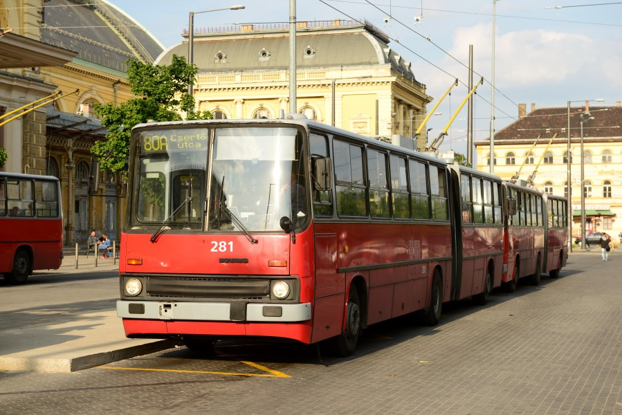14-05-06-obus-budapest-RalfR-09