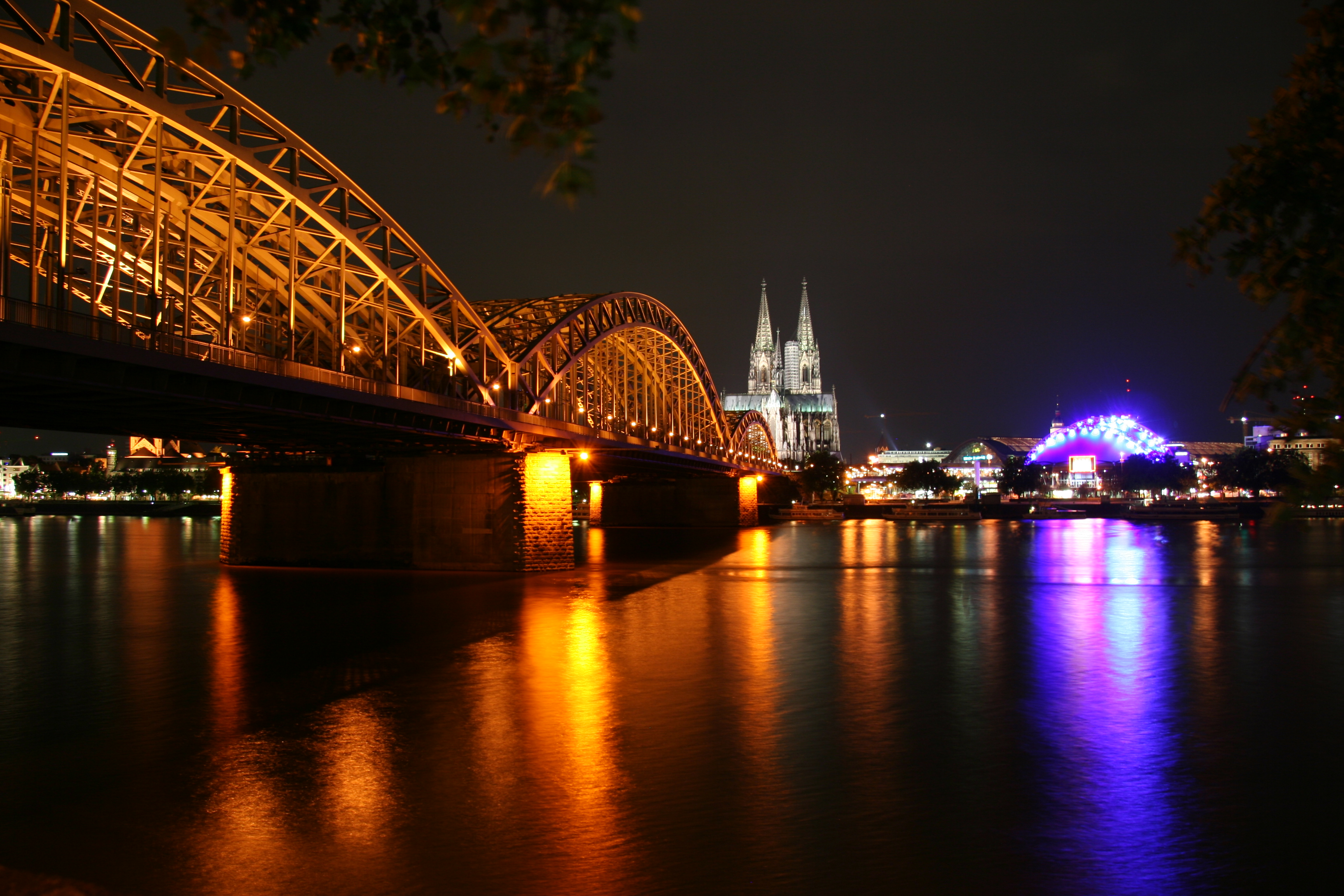 Cologne Central @ night
