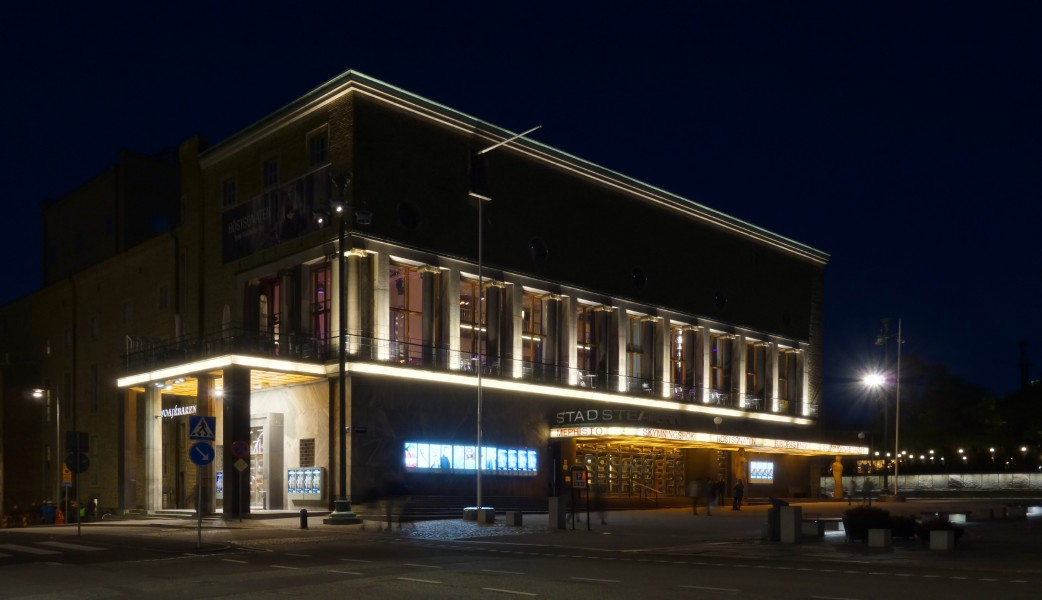 Gothenburg City Theatre at night