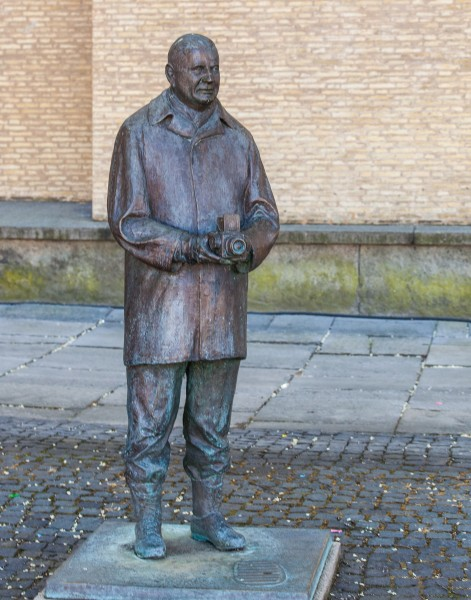 a statue of Victor Hasselblad near the Hasselblad Center, Gothenburg, Sweden, June 2014, picture 17