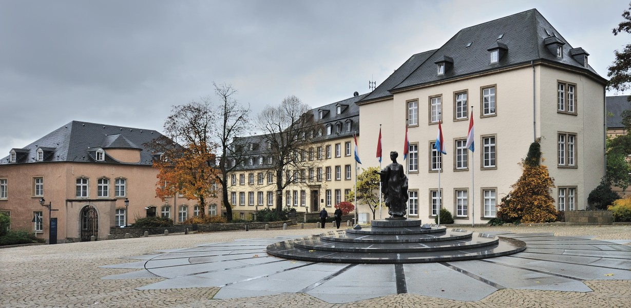 Place Clairefontaine Luxembourg 01