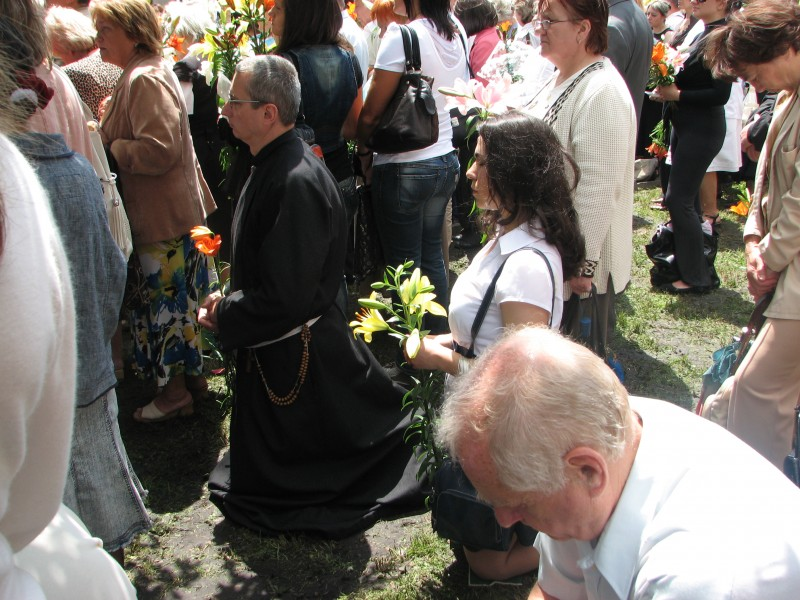 Praying people in Lviv, Ukraine. June 2012.