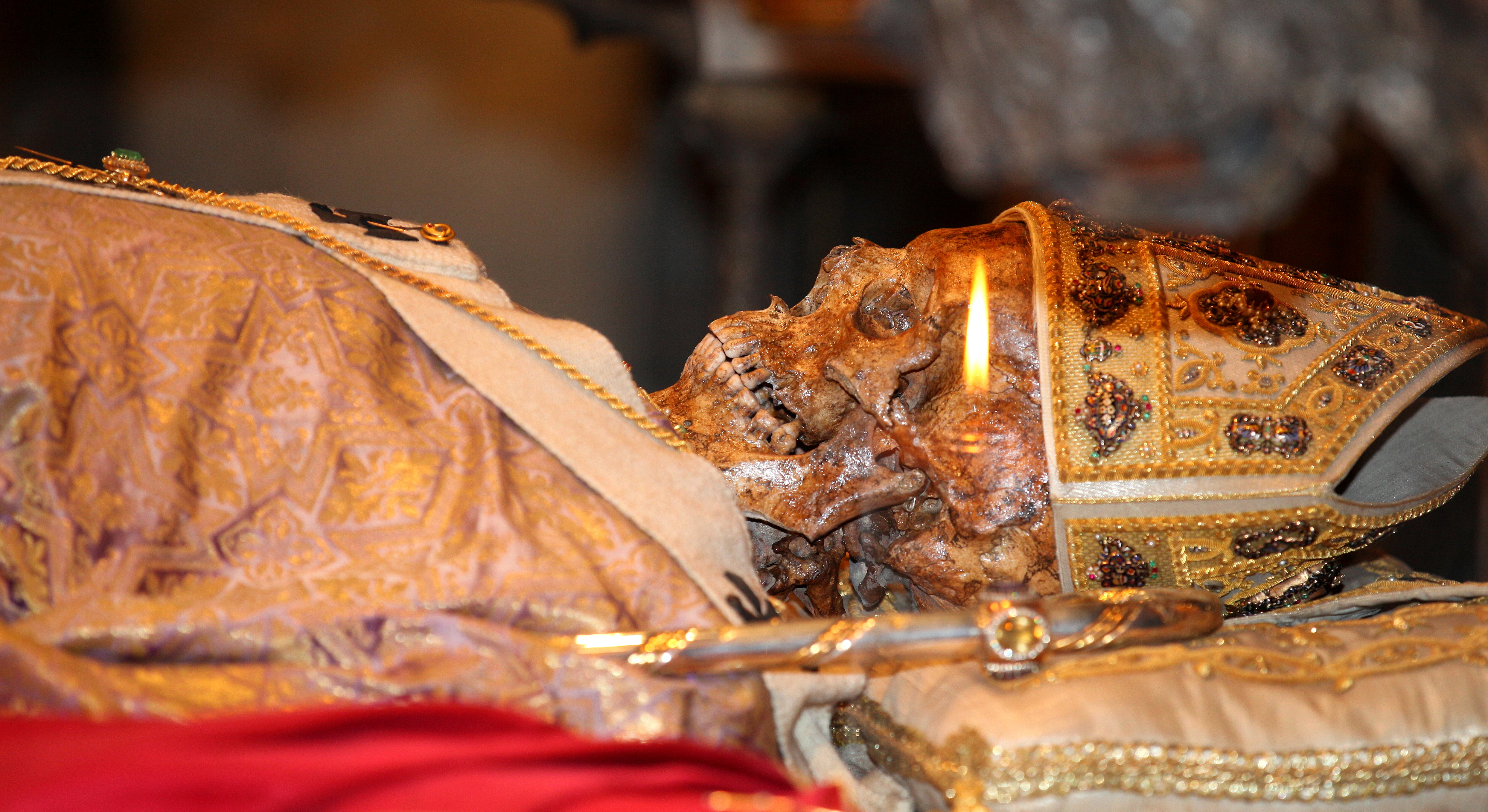 Saint Ambrose relics, Milan, Italy, European Union, August 2013, picture 10