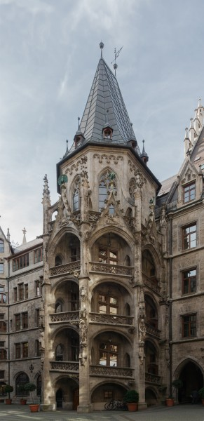 Tower courtyard Rathaus Munich