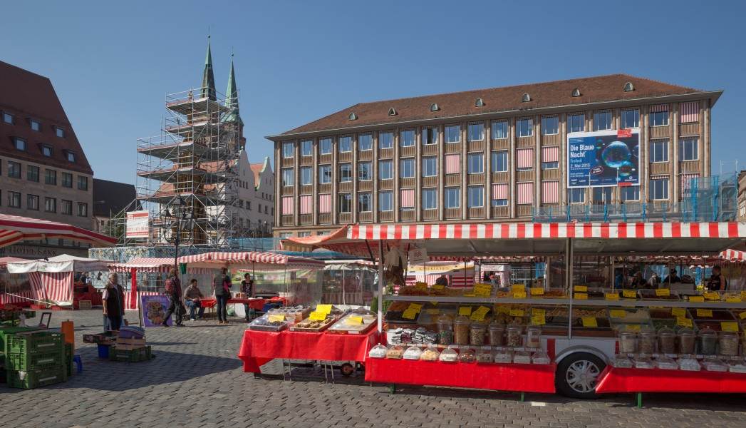 Nuremberg, Hauptmarkt and St. Sebald church 4642