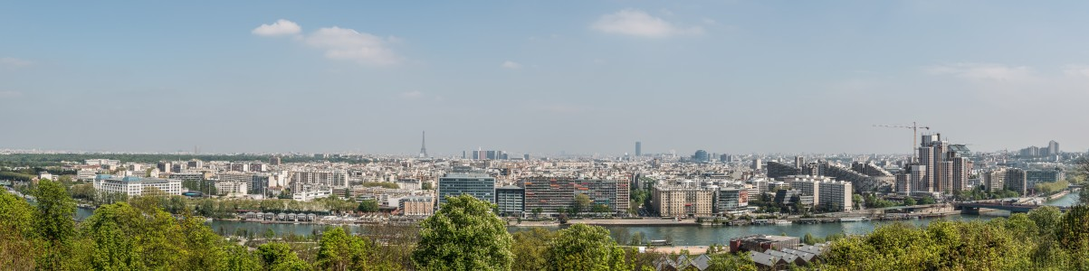 View on Boulogne-Billancourt from Parc de Saint-Cloud 140411 1
