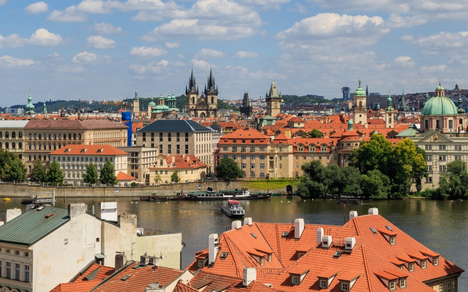 Prague 07-2016 view from Lesser Town Tower of Charles Bridge img4