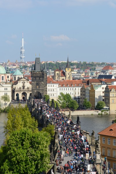 Praha Charles Bridge from Malá Strana Bridge Tower 20170430 04