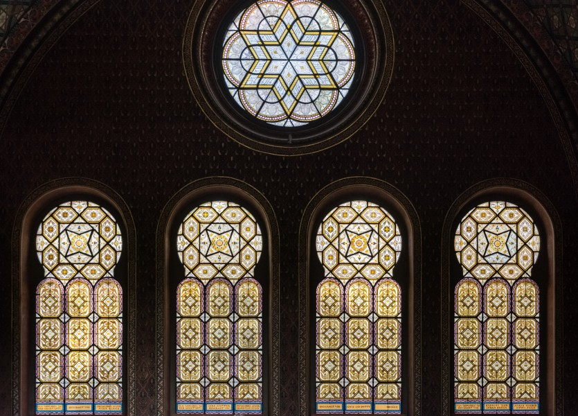 Praha Spanish Synagogue Windows 01