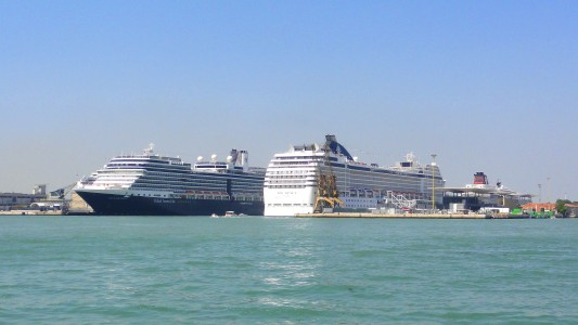 ships in Venice city, Italy, European Union, picture 10