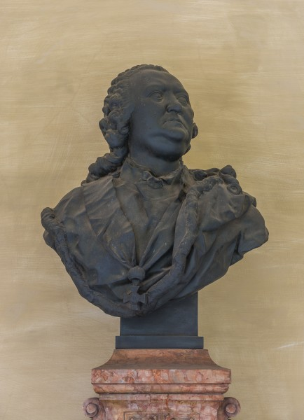 Gerard van Swieten (Nr. 36) Bust in the Arkadenhof, University of Vienna -20160409 3850