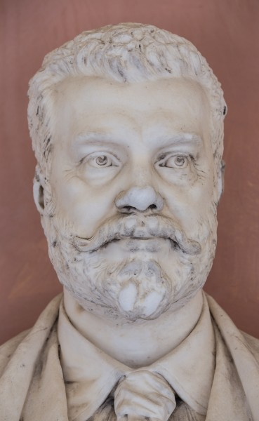 Ludwig Mauthner (1840-1894), physician, Nr. 126, bust (marble) in the Arkadenhof of the University of Vienna-3575
