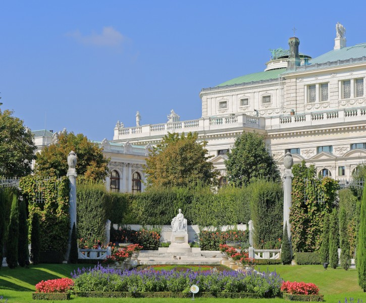 Monument to Empress Elisabeth, Volksgarten Vienna, September 2016
