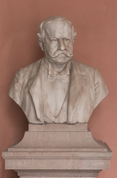 Wilhelm Emil Wahlberg (Nr. 9) - Bust in the Arkadenhof, University of Vienna - 0230