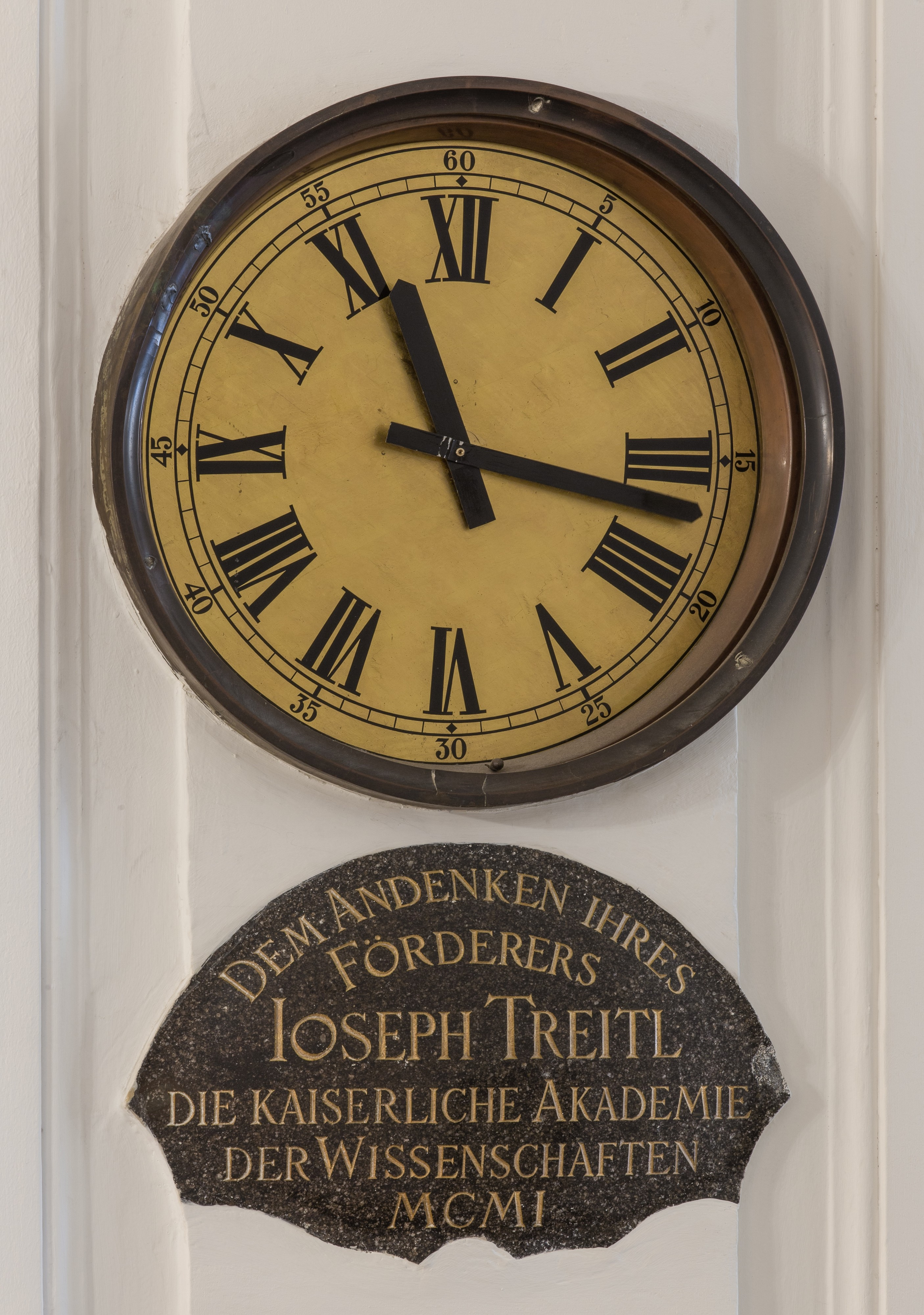 AT-119587 Treitl-Clock in the aula of the academy of Sciences, Vienna 8657