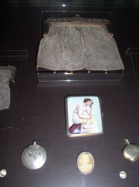 Belarus-Minsk-National museum of history and culture of Belarus-Purse-3