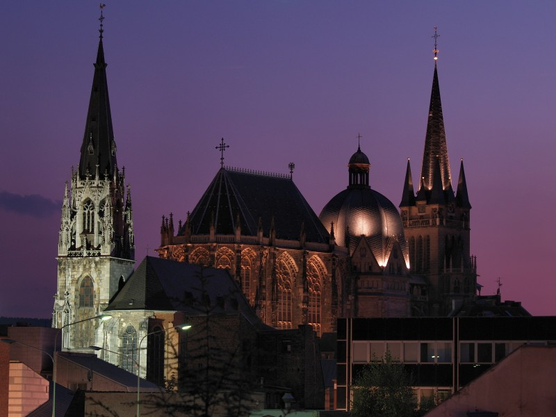 Aachen Cathedral night
