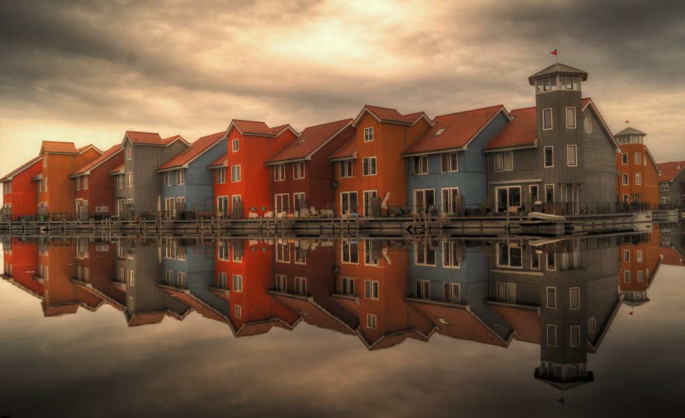 Beautiful Colourful houses in The Netherlands - free license CC0