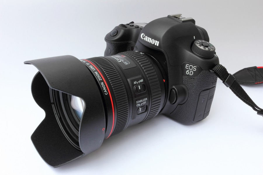 Canon EOS 6D (WG) with EF 24-70mm F4L IS USM