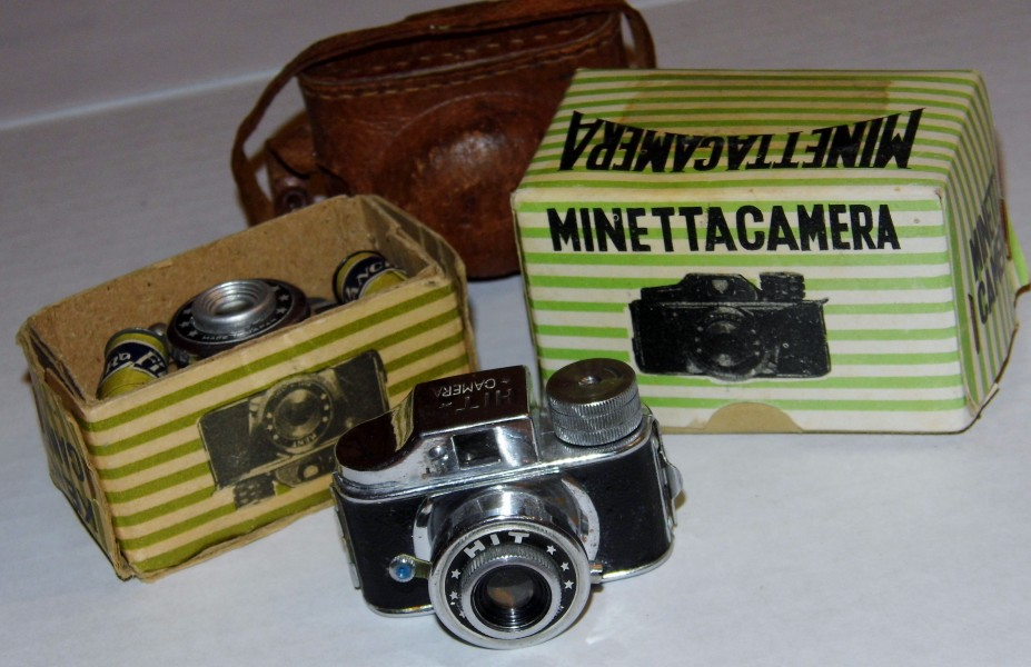 Group of Vintage Minature Novelty Cameras- HIT Camera, Minetta Camera & Kent Camera (8453592003)