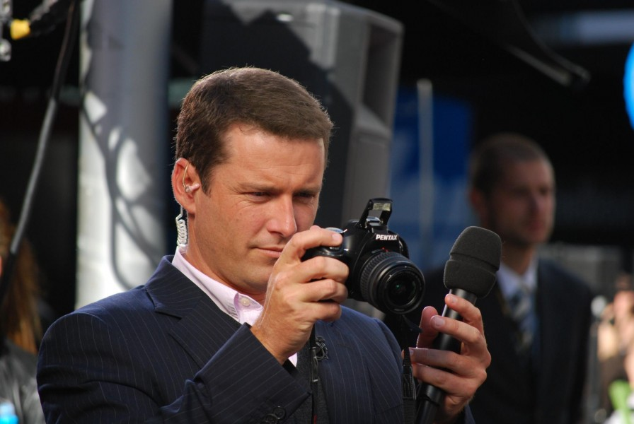 Karl Stefanovic and Pentax camera - Ch9 Today Show, Bourke Street Mall - Flickr - avlxyz