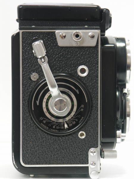Minolta Autocord Type I (right side view)