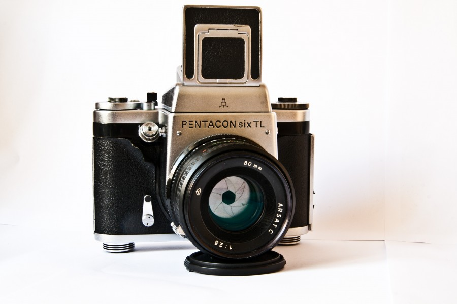 Pentacon Six TL Medium Format SLR Camera with Arsat C 80mm F2.8 Lens