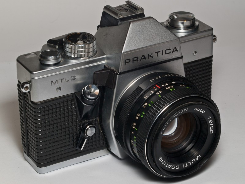 Praktica MTL3 photo camera